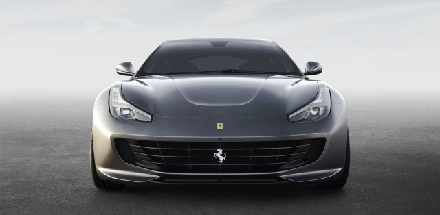 Ferrari GTC4Lusso-otogundem 1