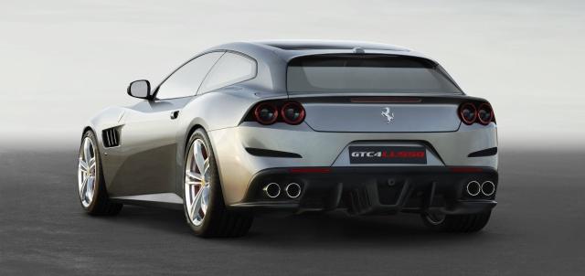 Ferrari GTC4Lusso-otogundem 2