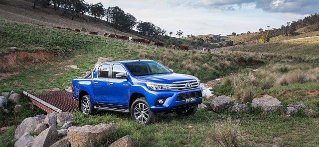 Toyota-HiLux-otogundem