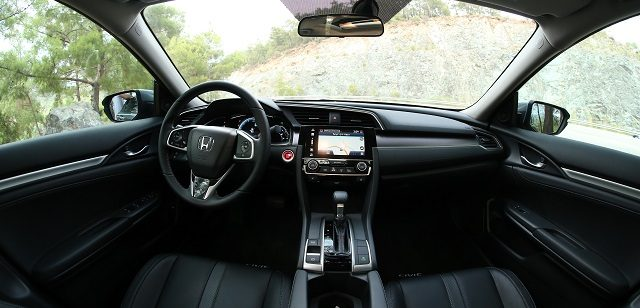 honda-civic-sedan-otogundem-2
