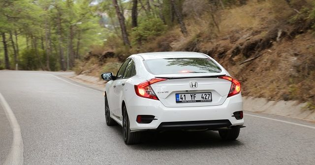 honda-civic-sedan-otogundem-5